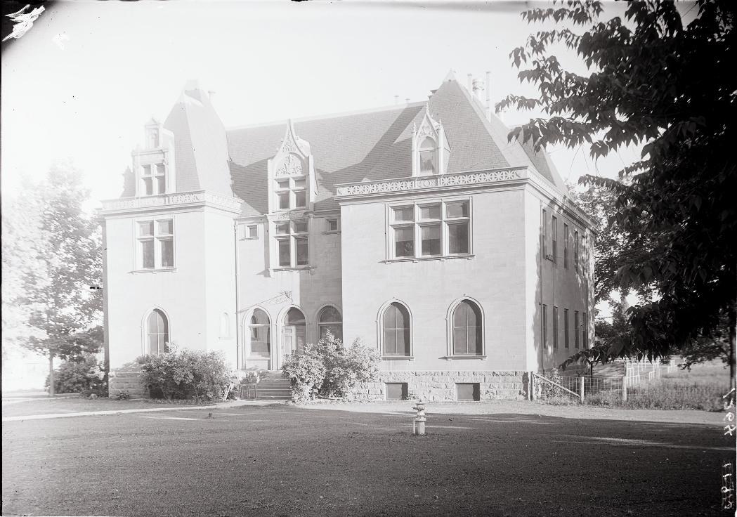 chemistry-building-prior-to-1922