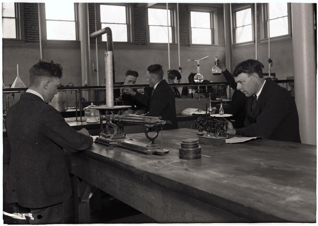 chemistry-lab-csa-catalog-1916-2